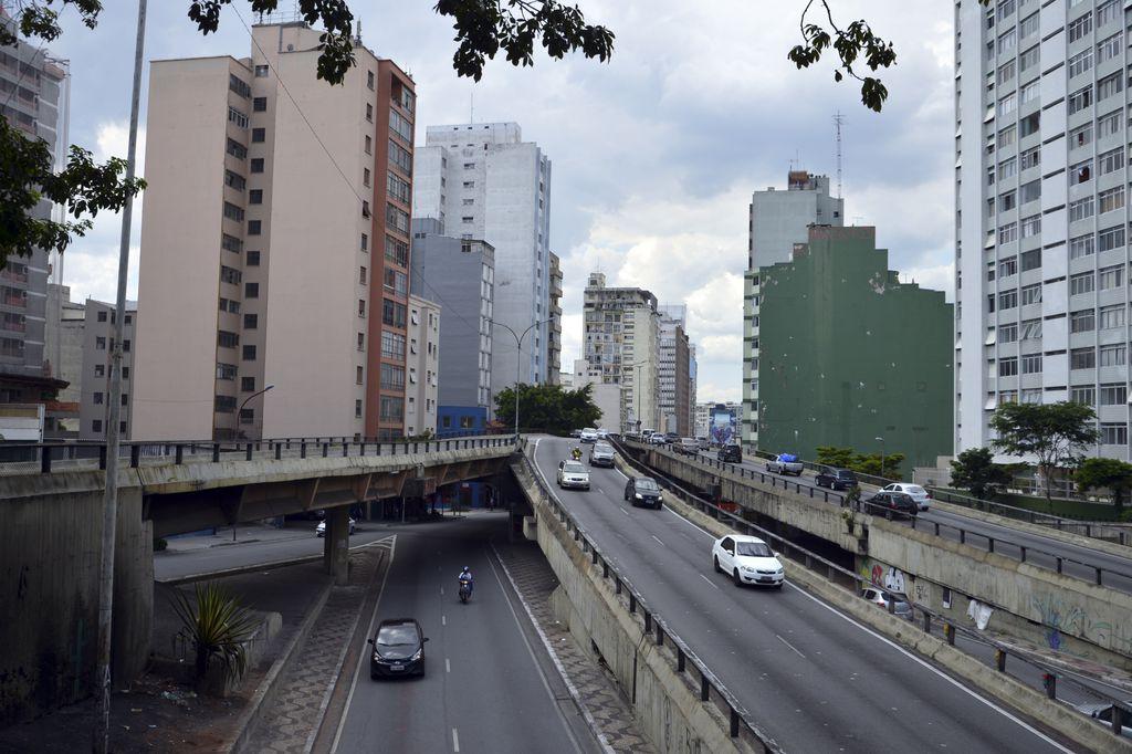 Sem Veículos No Minhocão, São Paulo Quer Reduzir Poluição